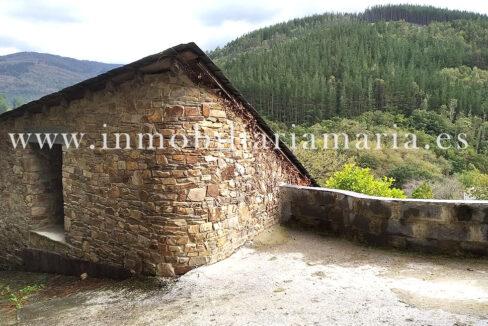Casa de piedra en Mousende Taramundi