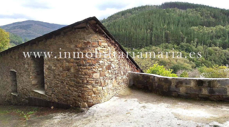 Casa de aldea en venta en Mousende, Lugo