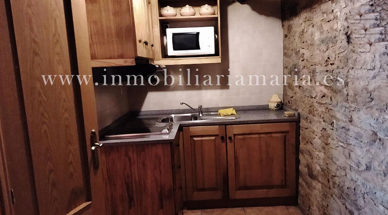 Cocina-Apartamentos-rurales-ribeira-de-piquin