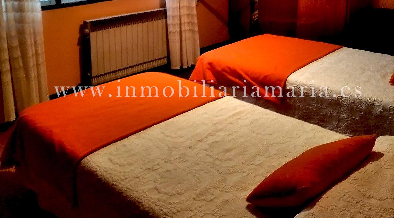 Dormitorio-doble-Casa-A-Pontenova