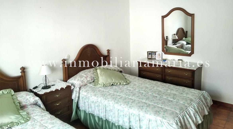 Dormitorio-dos-camas-Casa-La-Caridad