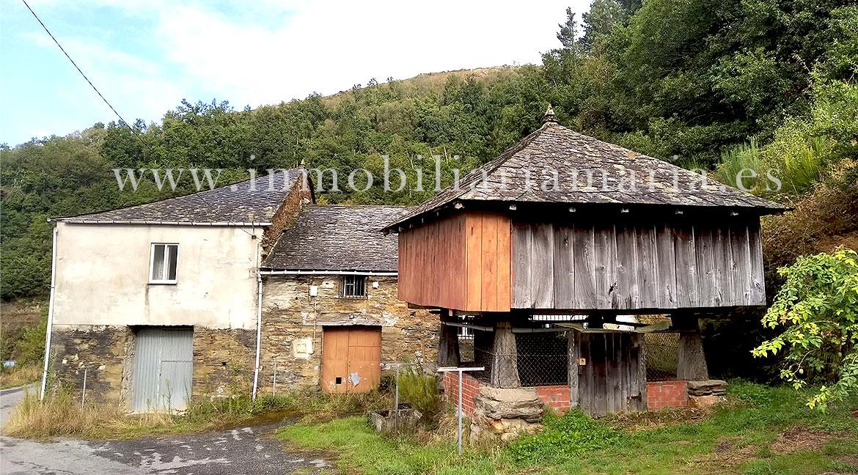 Casa de piedra con finca en San Paio, ruta de A Marronda