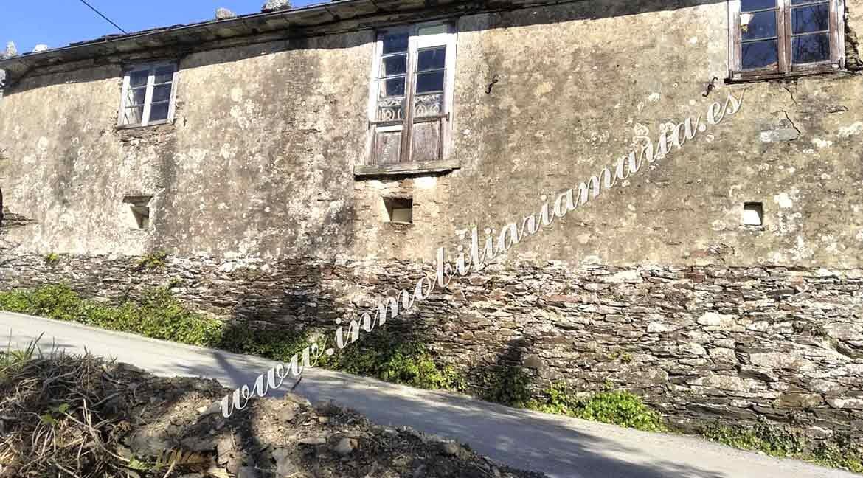 exterior-casa-Vilar-de-Santiago