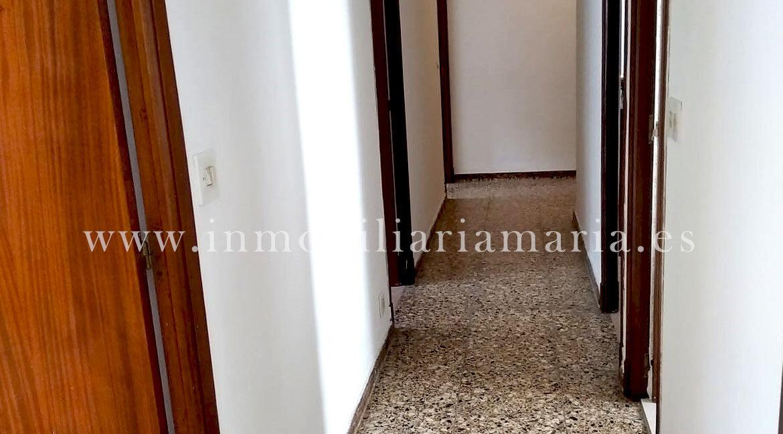 pasillo-piso-A-Pontenova