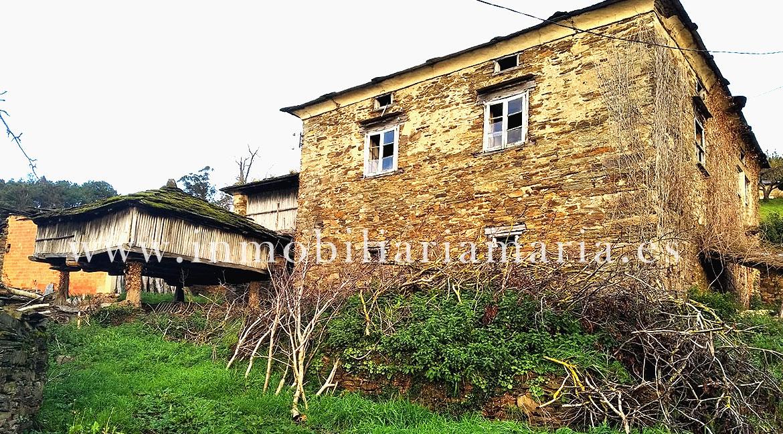 Casa de piedra para restaurar en Villaimil, A Pontenova