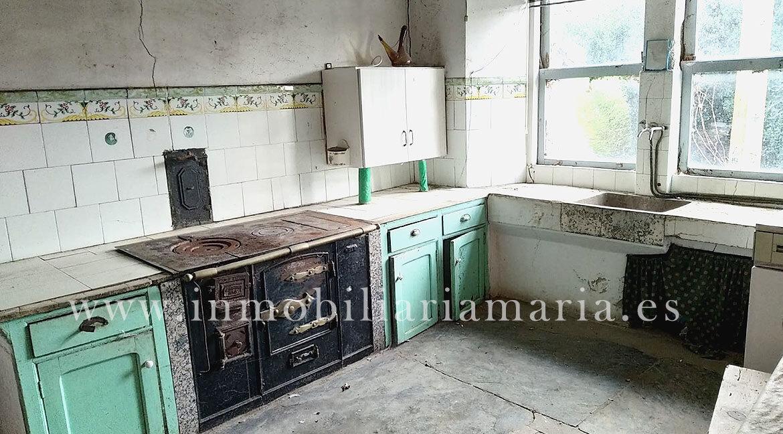 cocina-en-A-Pontenova-Casa-Villaimil