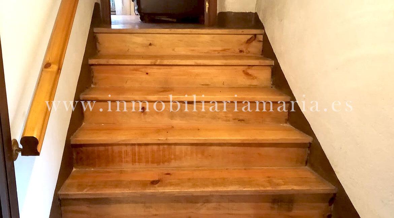 escalera-casa-San-Estevo