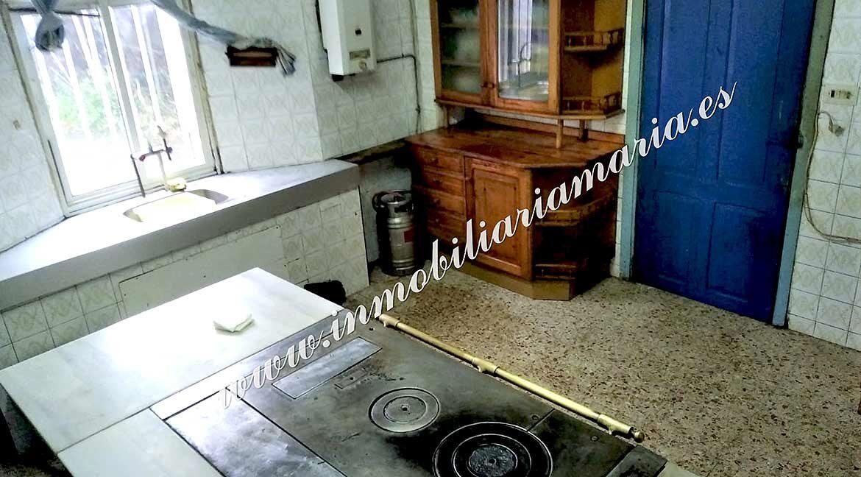 cocina-casa-en-venta-lamarcide-a-pontenova-lugo