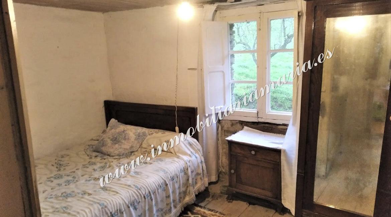 detalle-habitacion-casa-la-trapa-en-venta-trabada-lugo