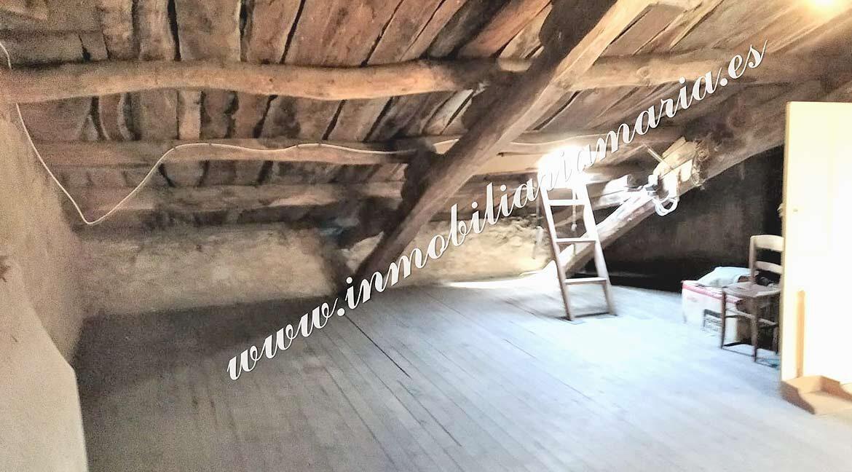 bajo-cubierta-casa-Ribadeo