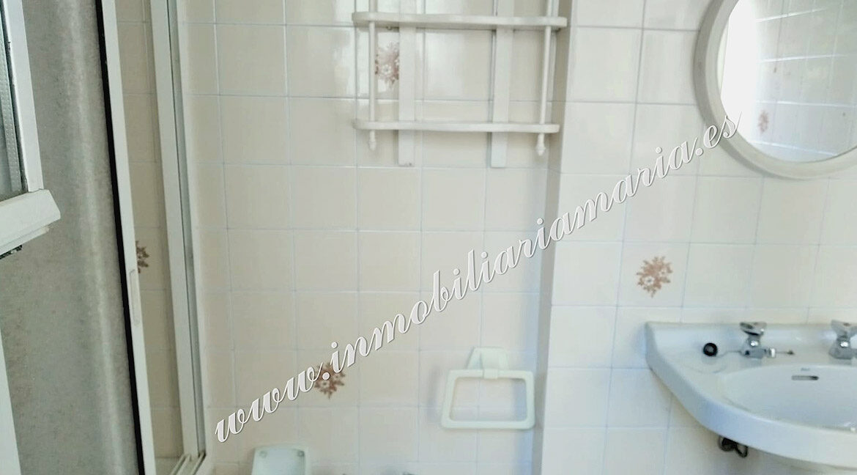 baño-planta-baja-casa-Ribadeo