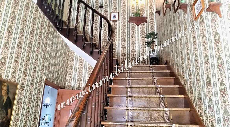 escalera-casa-Ribadeo