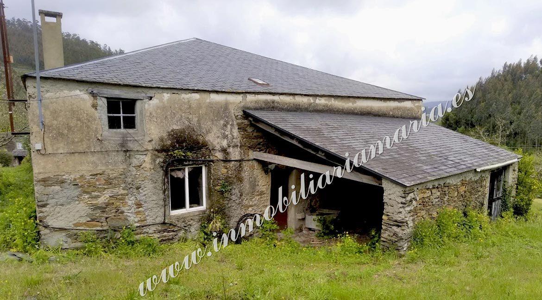 exterior-casa-en-venta-la-trapa-trabada-lugo-inmobiliaria-maria
