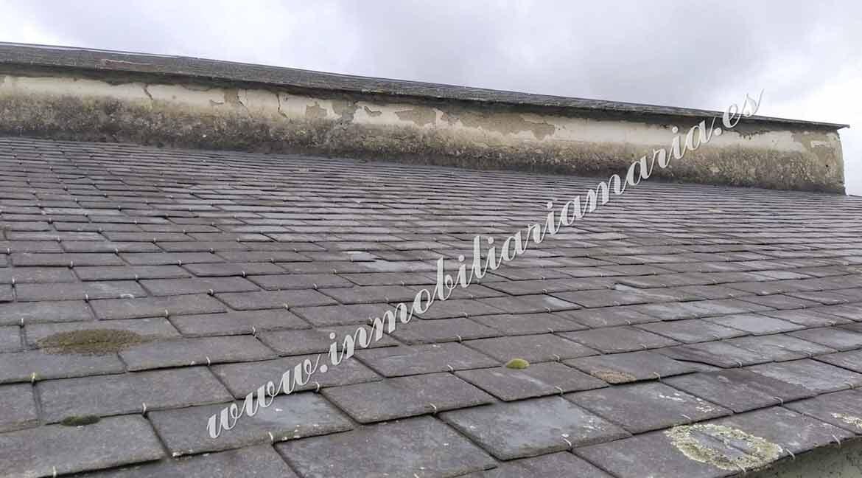tejado-casa-en-venta-la-trapa-trabada-lugo-inmobiliaria-maria