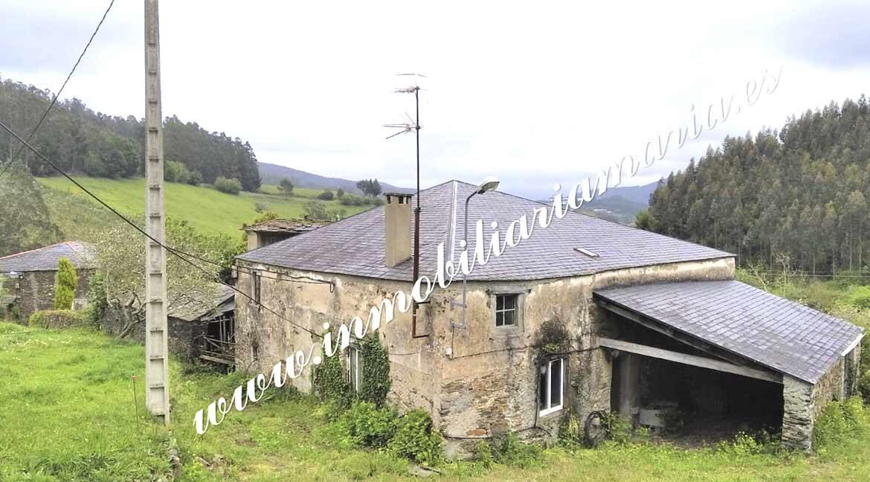 vista-exterior-casa-en-venta-la-trapa-trabada-lugo-inmobiliaria-maria