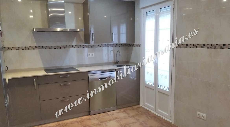 cocina-venta-casa-ribadeo-inmobiliaria-maria