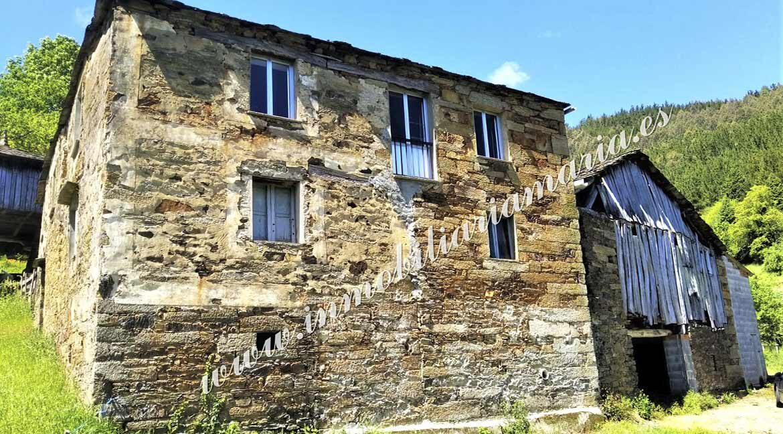 exterior-casa-paime-ribeira-de-piquin-Lugo-inmobiliaria-maria