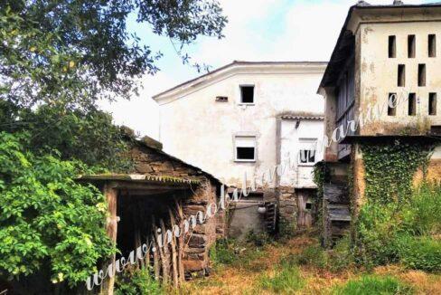 casa con cabazo en el concejo de El Franco