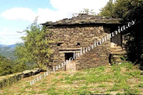 casa de dos plantas en Vilarxubin II en A Pontenova