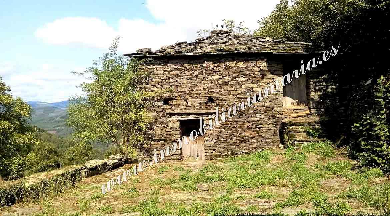 Casa para restaurar en Vilarxubín II