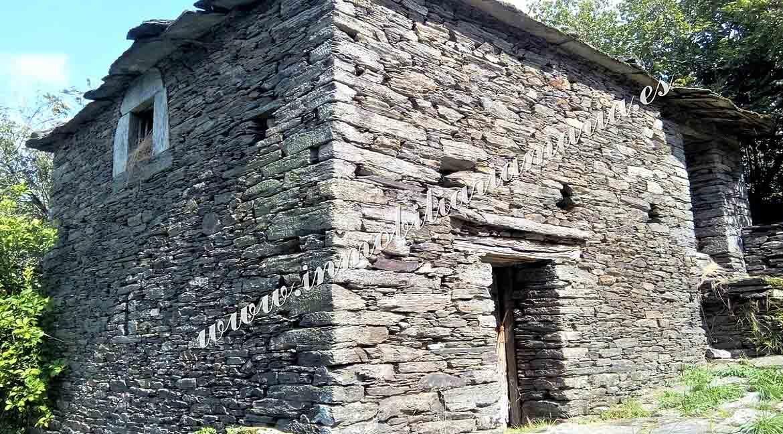 casa-de-piedra-en-Villarsubin-II-en-A-Pontenova