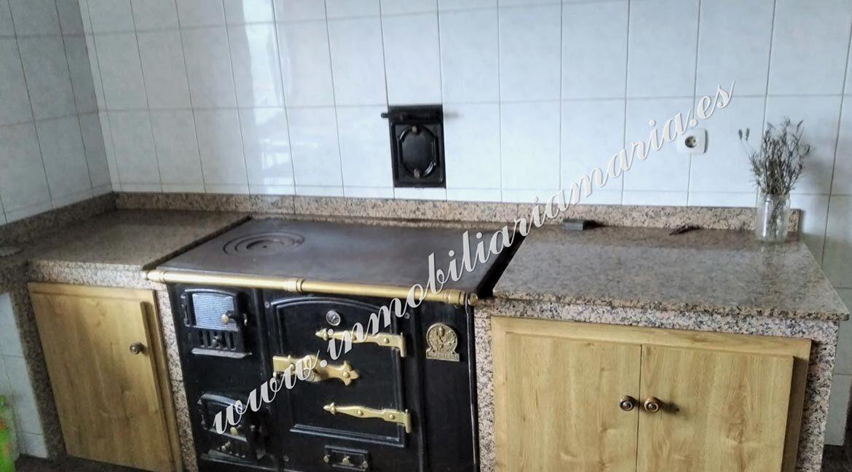 cocina-casa-en-el-concejo-de-el-Franco