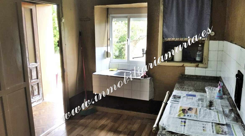 cocina-casa-en-venta-la-cabana-la-caridad-asturias-inmobiliaria-maria