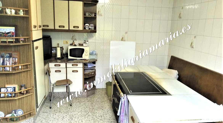 cocina-venta-casa-bretona-os-alvites-a-pastoriza-lugo