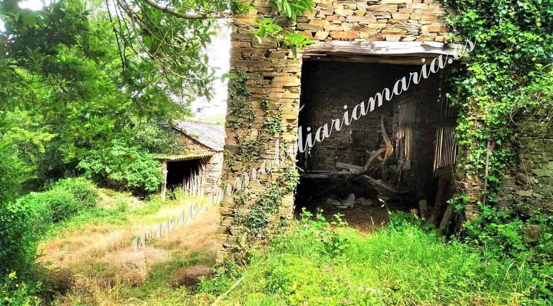 garage-de-aperos-casa-en-el-concejo-de-el-Franco