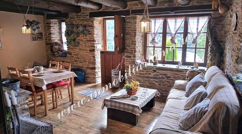salón-comedor-casa-en-Villaxubin-A-Potenova