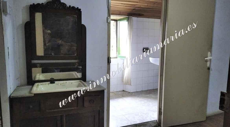detalle-habitacion-bano-casa-venta-casa-trabada-lugo