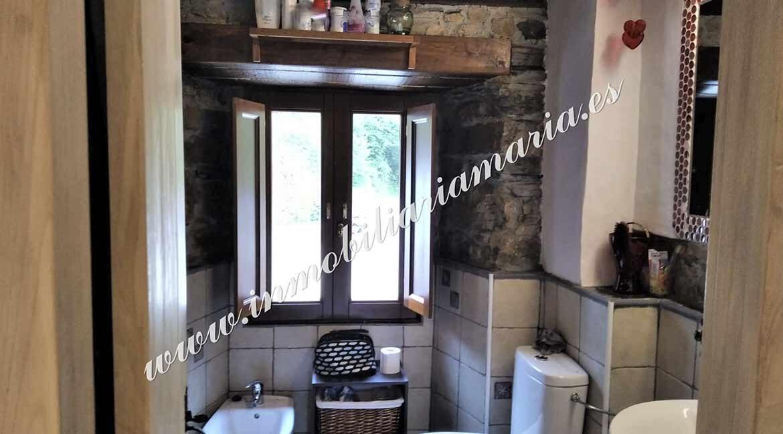 bano-principal--venta-casa-penadecabras-el-franco-asturias