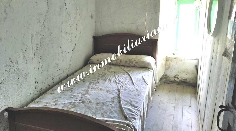 habitacion-2-venta-casa-navallo-taramundi-inmobiliaria-maria
