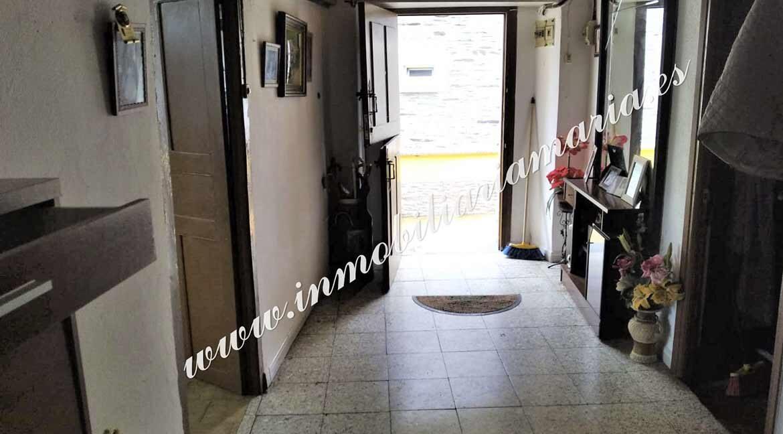 hall-entrada-venta-casa-molejon-vegadeo-inmobiliaria-maria