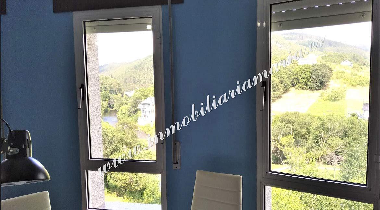 ventana-venta-piso-a-pontenova-inmobiliaria-maria